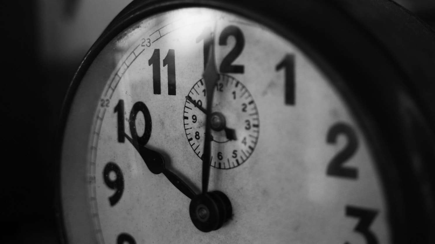 7 Time Management Life-Hacks for Office Managers